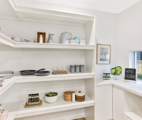 Dreaming of your new Butler's Pantry?